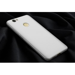 Huawei Nova White Hard Case